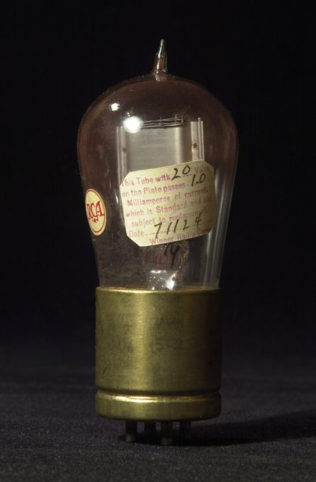 RCA Radiotron UV-200, 1924
