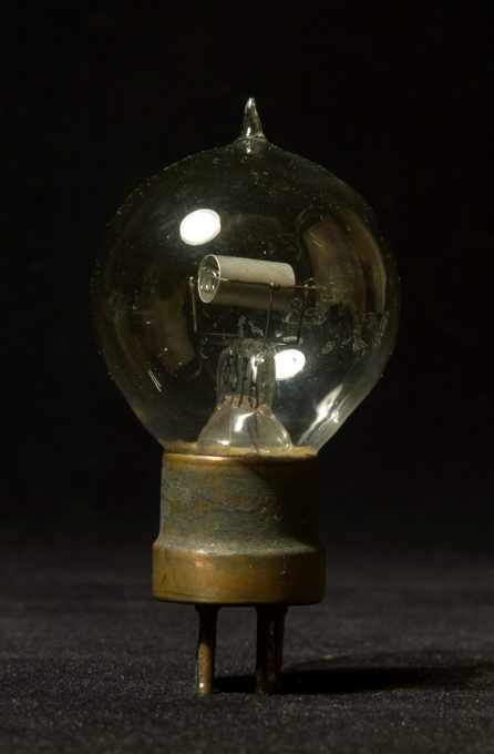 No name triode, late 1910s